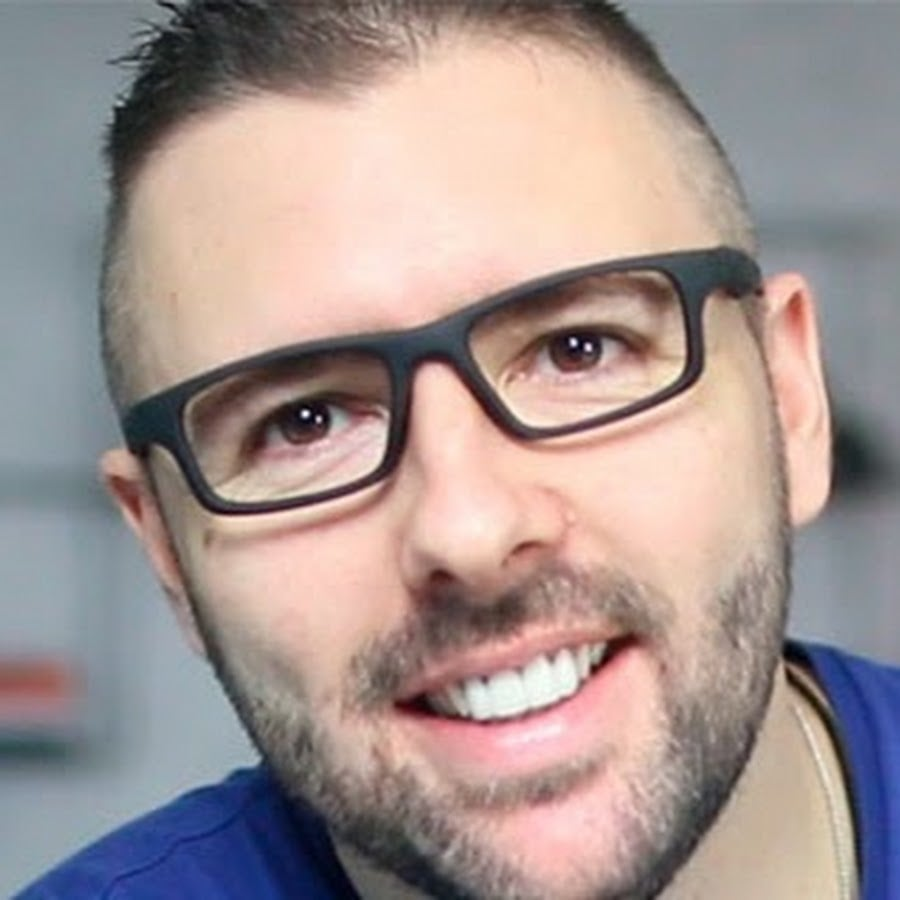 Alex Vargas - Criador do Fórmula Negócio Online