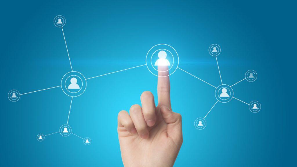 Conexão entre as pessoas no Marketing de Relacionamento.